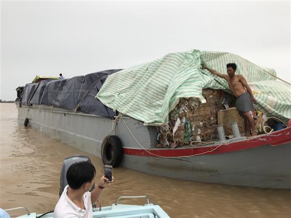 khoi to vu van chuyen trai phep phe lieu qua bien gioi an giang