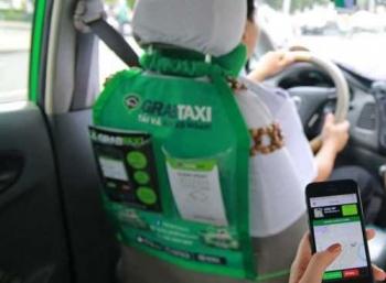 """Grab lo bị """"xóa sổ"""" nếu bị quản lý như taxi truyền thống"""