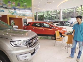 """Sự """"khó hiểu"""" của thị trường ô tô Việt"""