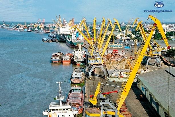 7 nhóm hàng xuất nhập khẩu tỷ USD trong 15 ngày đầu năm 2021