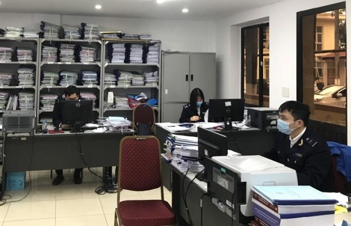 Hải quan Hải Phòng xử lý nghiêm cán bộ công chức khai báo y tế không trung thực