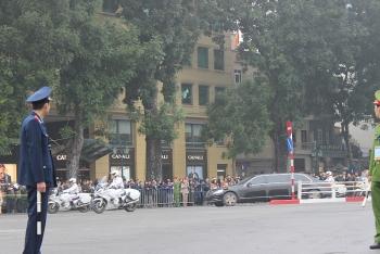 Chủ tịch Kim Jong Un đến Hà Nội