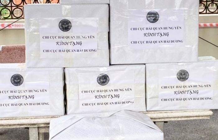 Hải quan Hưng Yên hỗ trợ đồng nghiệp tại Hải Dương chống dịch