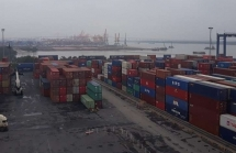 Tăng trưởng xuất khẩu thấp nhất 17 năm, lối nào cho Việt Nam?