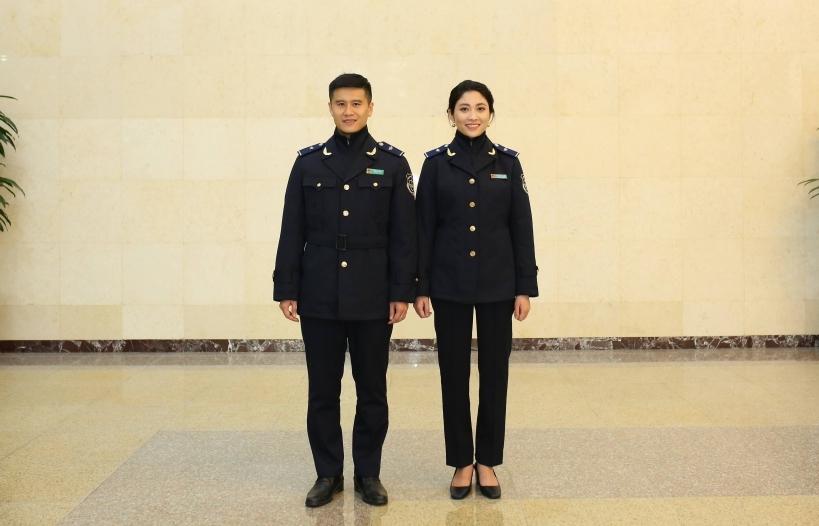 2 chi cục hải quan ở miền Trung- Tây Nguyên được trang bị trang phục chống rét