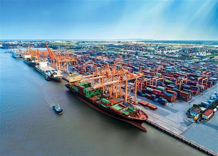 Nửa đầu tháng 4 Việt Nam nhập khẩu hàng hóa gì?