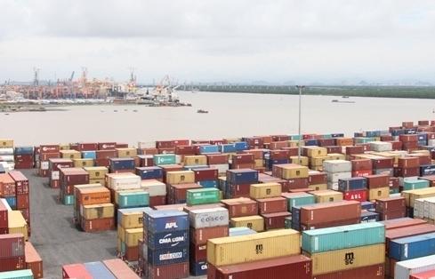 Kim ngạch xuất nhập khẩu đạt hơn 200 tỷ USD