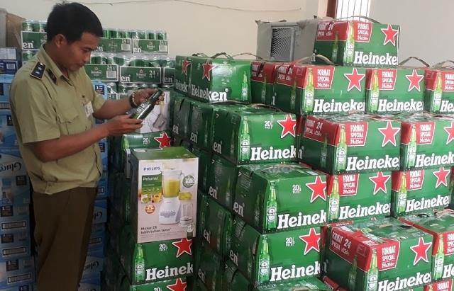 Vận chuyển 280 thùng bia Heineken không có nhãn phụ tiếng Việt