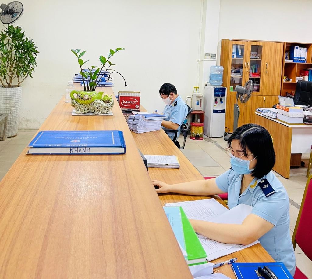 Hải quan Hải Phòng tiếp tục triển khai nhiều phương án phòng chống dịch và đảm bảo thông quan hàng hóa