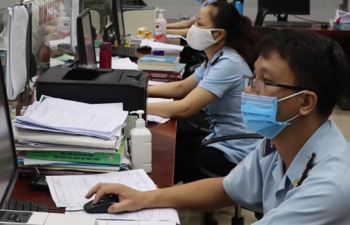 Hải quan Lào Cai khuyến khích làm việc trực tuyến để phòng dịch