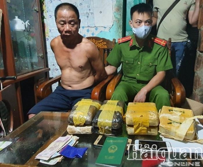 Thêm một vụ bắt giữ hơn 44.000 viên nghi ma túy tổng hợp tại Điện Biên