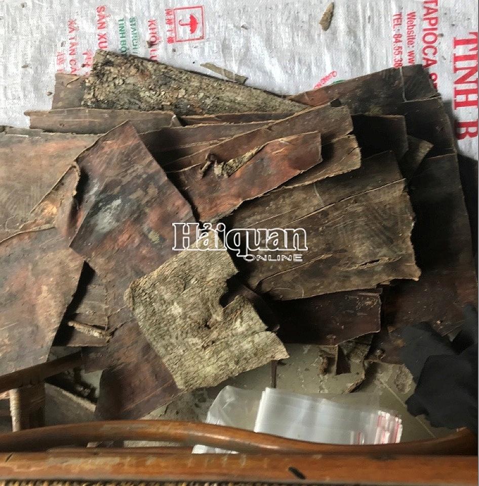 Phát hiện tới 161 loại thảo dược trong 5 container hàng vi phạm tại Đà Nẵng