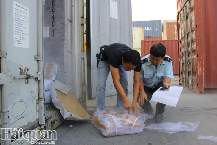 Quy định mới về cửa khẩu xuất nhập khẩu hàng tạm nhập tái xuất