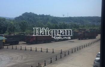 Bắt 2 đối tượng trong đường dây buôn lậu gần 57.000 tấn quặng ở Lào Cai