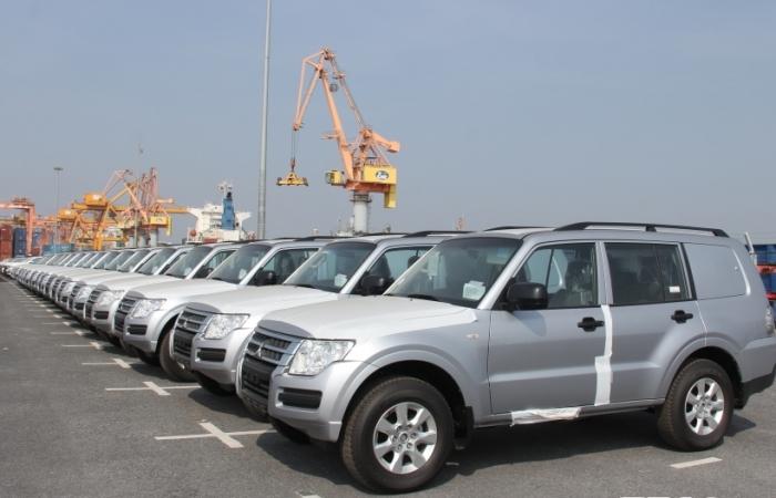 Bất ngờ ô tô nhập khẩu tăng mạnh trở lại
