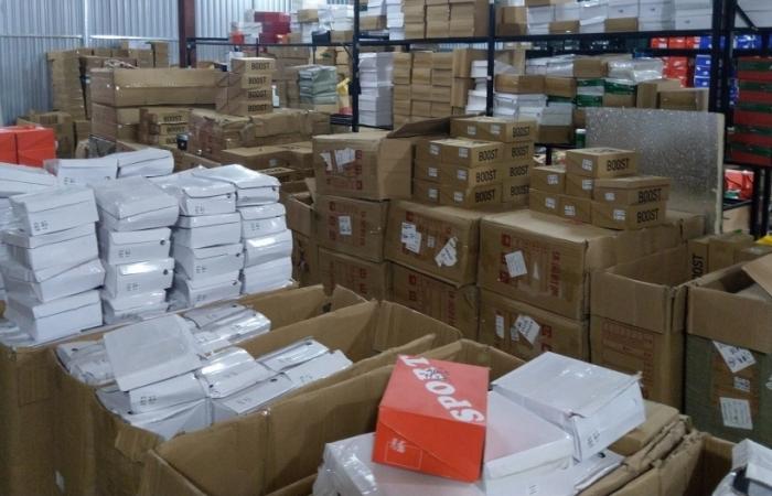 Lào Cai: Lại phát hiện vụ bán hàng qua Facebook, thu giữ 5.000 sản phẩm