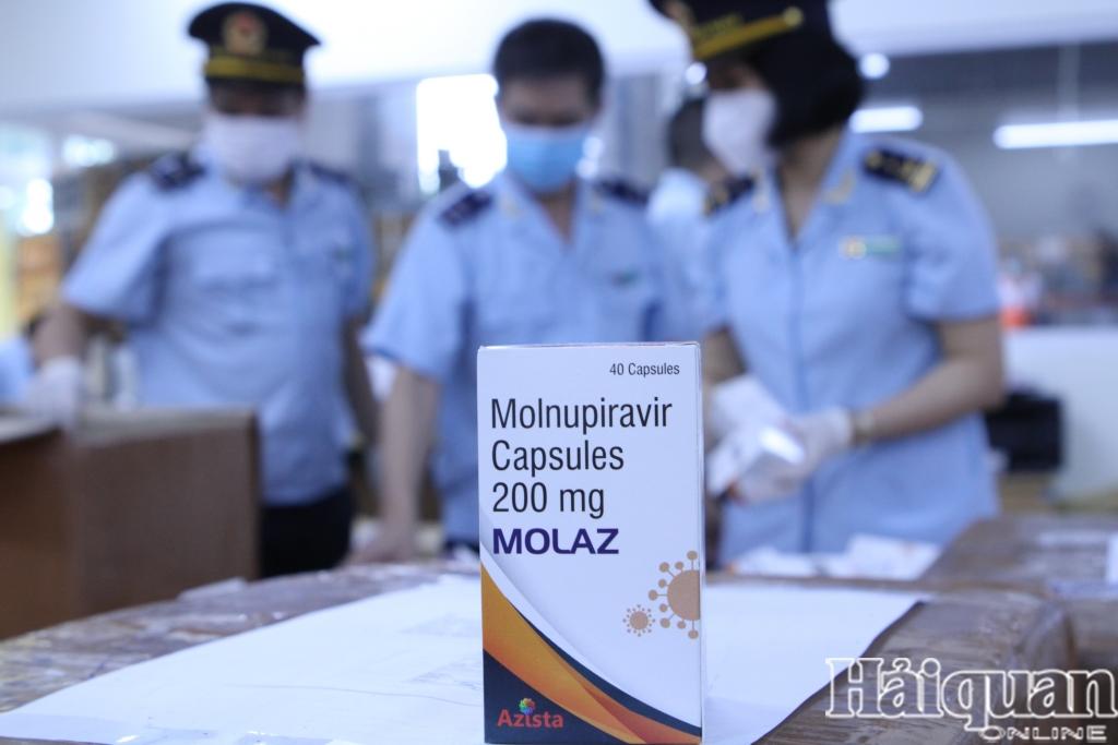 Nhập khẩu thuốc từ Trung Quốc tăng 242%