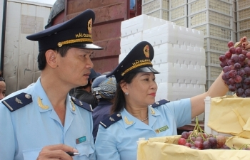 Hải quan Lào Cai thu ngân sách đạt hơn 1.823 tỷ đồng