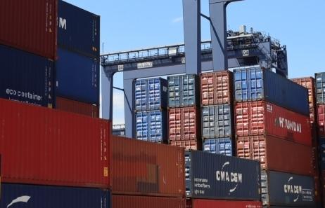 Nửa đầu tháng 10: Nhiều nhóm hàng xuất nhập khẩu sụt giảm trăm triệu USD