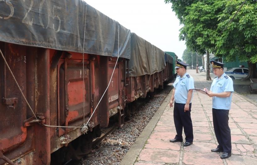Xem xét phương án nối ray đường sắt giữa Lào Cai với Hà Khẩu Bắc, Trung Quốc