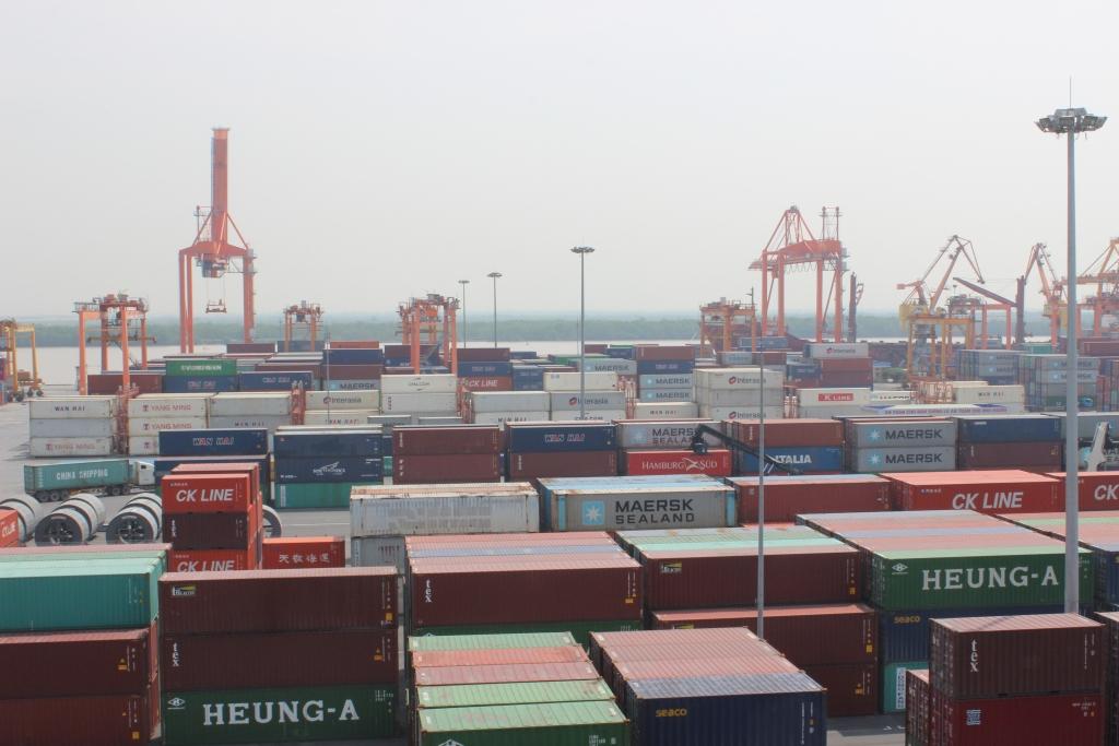 Hải quan Hải Phòng xem xét xử lý 214 container hàng nhập khẩu tồn đọng tại cảng