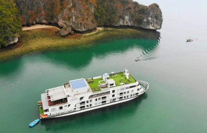 Hải Phòng, Quảng Ninh mở lại tour du lịch từ tháng 11
