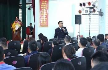 Hải quan Hải Phòng khu vực 3 tập huấn về thủ tục hải quan cho 95 doanh nghiệp