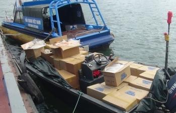 Hải quan bắt giữ 29.000 bao thuốc lá lậu trên vùng biển Đông Bắc