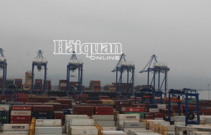 Xuất nhập khẩu đạt 515 tỷ USD, xấp xỉ năm 2019