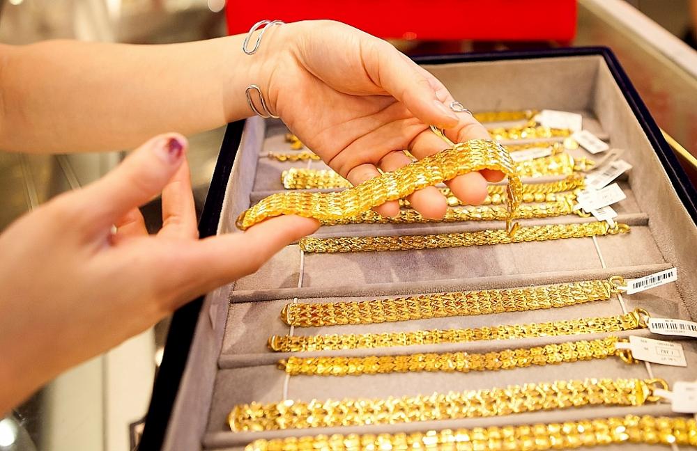 Giá vàng trong nước vẫn chững lại.