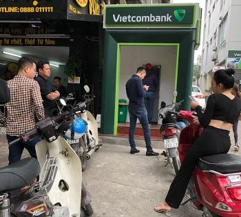 """ATM dịp Tết đã """"dễ thở"""" hơn?"""