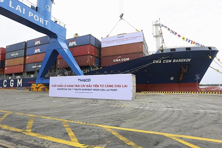 thaco xuat khau 30 container chuoi tri gia gan 500000 usd