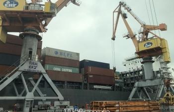 Đề xuất các giải pháp hạn chế tác động tiêu cực của Covid-19 đến giao thương hàng hóa