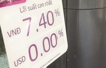 Lãi suất huy động giảm, kênh gửi tiền tiết kiệm còn hấp dẫn?