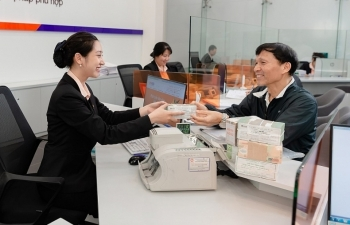 Giãn nợ, cơ cấu nợ cho khách hàng cá nhân