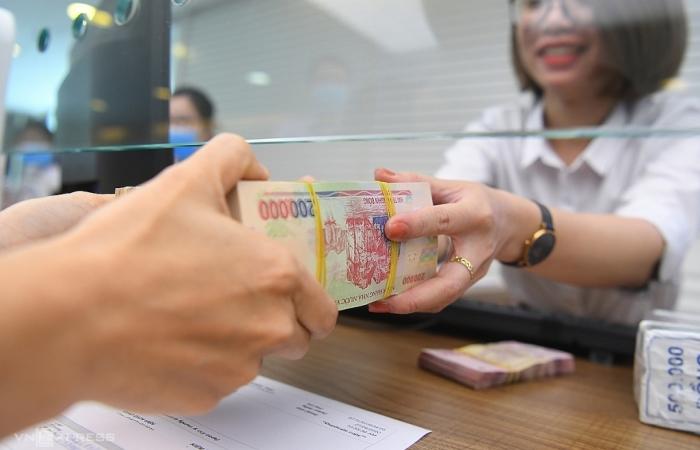 Dự báo mặt bằng lãi suất và phí dịch vụ ngân hàng tiếp tục giảm