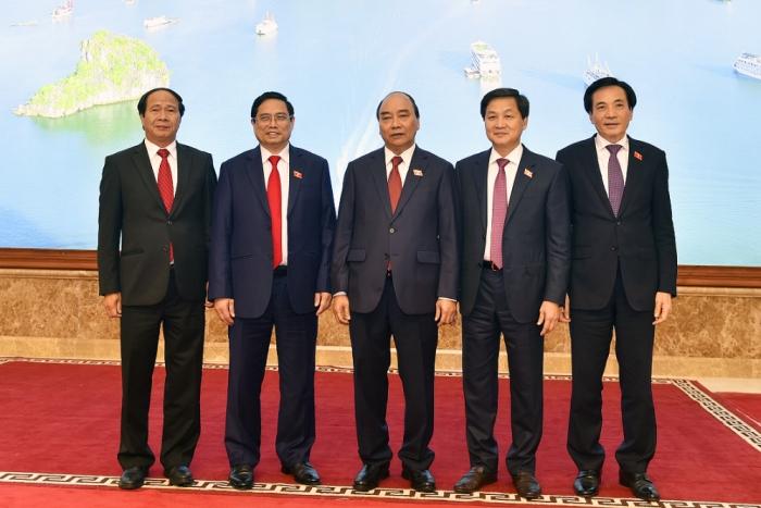 Giới thiệu chữ ký của Thủ tướng, 2 Phó Thủ tướng và Bộ trưởng chủ nhiệm VPCP