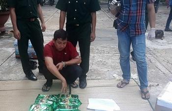 Khen thưởng các đơn vị triệt phá đường dây ma túy qua biên giới Long An