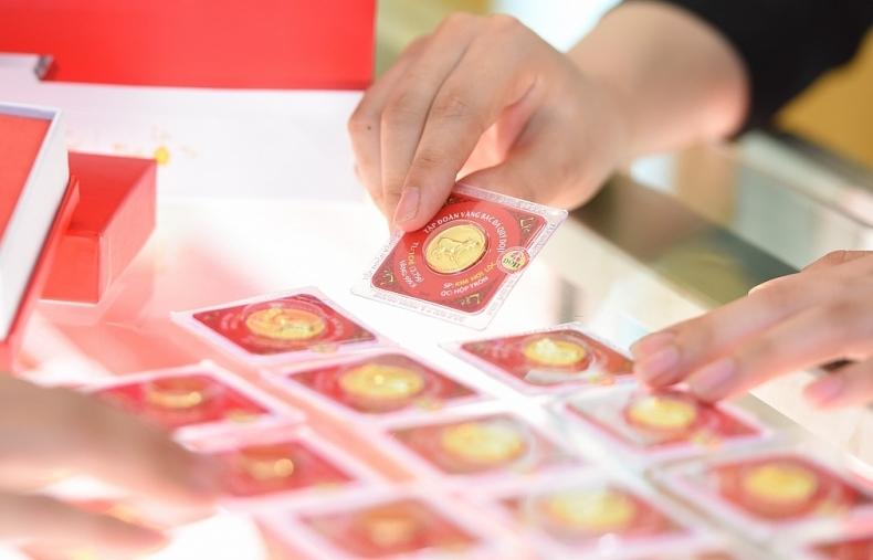 Căng thẳng sẽ đẩy giá vàng biến động mạnh trong tháng 6