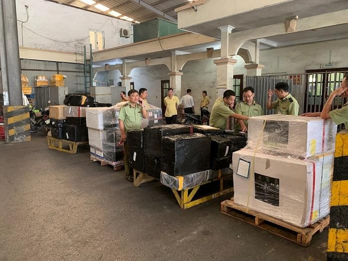 Phó Thủ tướng yêu cầu làm rõ nguồn gốc lô hàng của Công ty Dịch vụ hàng hóa Nội Bài