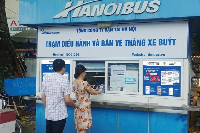 Xe khách, xe buýt, taxi đồng loạt triển khai thanh toán VNPAY-QR