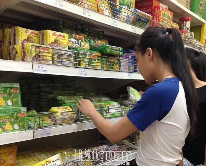 Tăng cường kiểm tra hoạt động sản xuất và quảng cáo thực phẩm chế biến sẵn