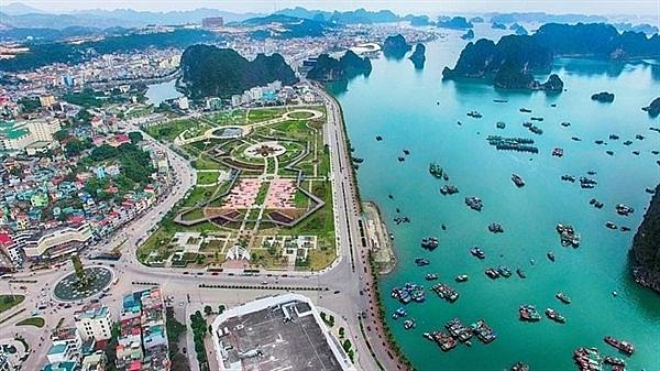 Tạm dừng quy hoạch đặc khu kinh tế Bắc Vân Phong