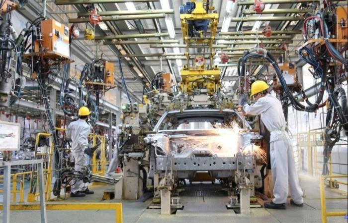 Yêu cầu xem xét khả năng tiếp tục gia hạn ưu đãi thuế sản xuất, lắp ráp ô tô