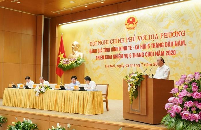Thủ tướng: Phấn đấu không giảm chỉ tiêu xuất nhập khẩu, tiếp tục cán mốc trên 500 tỷ USD