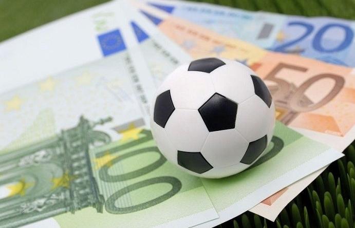 Kiểm soát việc sử dụng thẻ ngân hàng, ví điện tử để chuyển tiền cá độ bóng đá