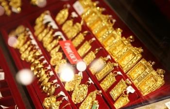 Đầu tuần, giá vàng đồng loạt leo lên trên 40 triệu đồng/lượng