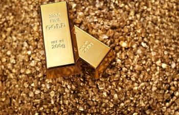 Giá vàng trong nước giảm, vàng thế giới vẫn ở mức cao