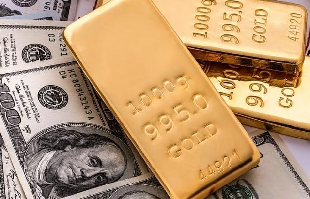"""Đầu tuần, giá vàng """"tiếp tục lập đỉnh"""" vượt 43 triệu đồng/lượng"""