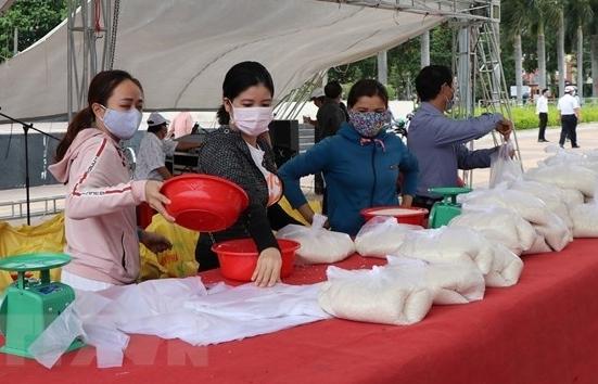 Cấp hơn 130.000 tấn gạo hỗ trợ TPHCM và 23 tỉnh, thành phố
